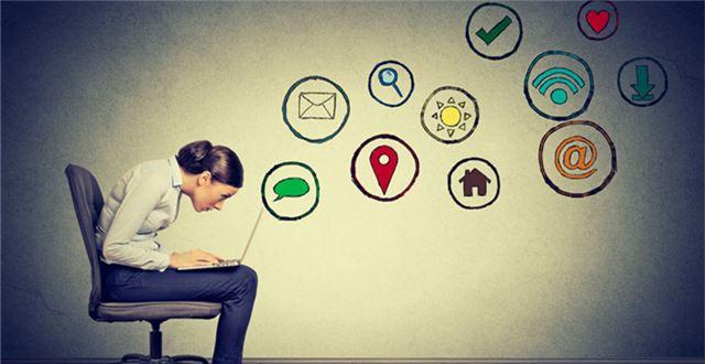 如何通过Facebook、Twitter和Instagram等社交媒体获取客户
